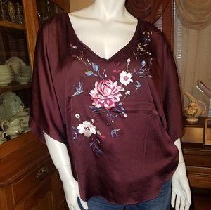 White House Black Market Arielle Kimono top